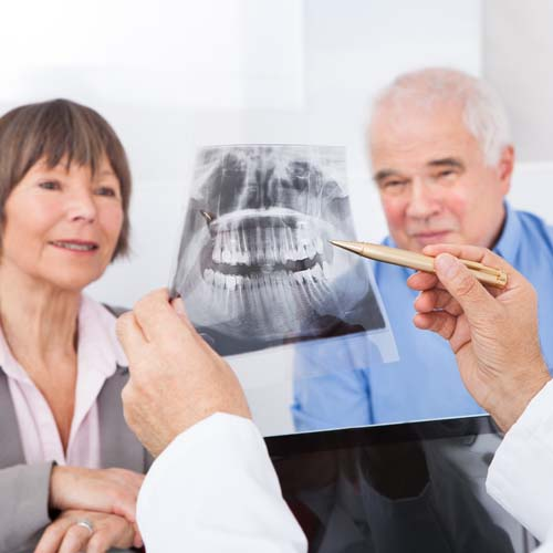 Dental Patients Receiving Teeth Alignment Information